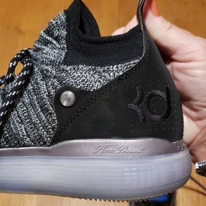 Nike Shoes - Men's KD/Nike sz 8.5